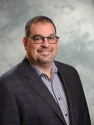 Profile photo for Dr. Len Tau